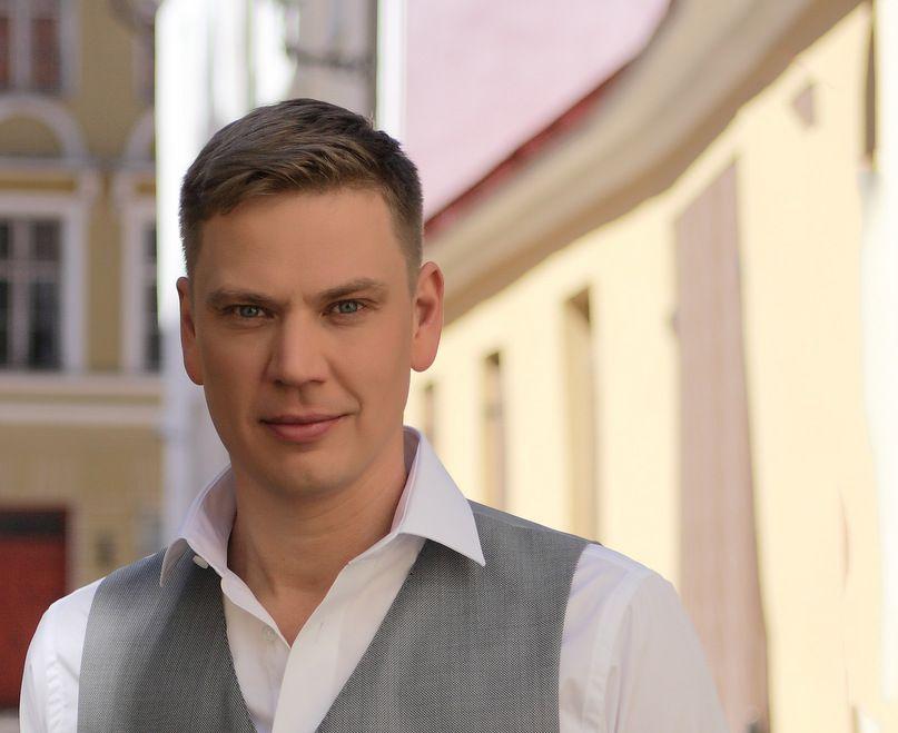 """Alen Veziko suvetuuri """"Nüüd on nii"""" esimene kontsert toimub Tallinna Teletornis"""