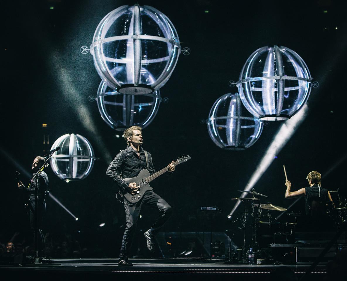 Rokkbänd Muse annab kinoekraanil eksklusiivse kontserdi