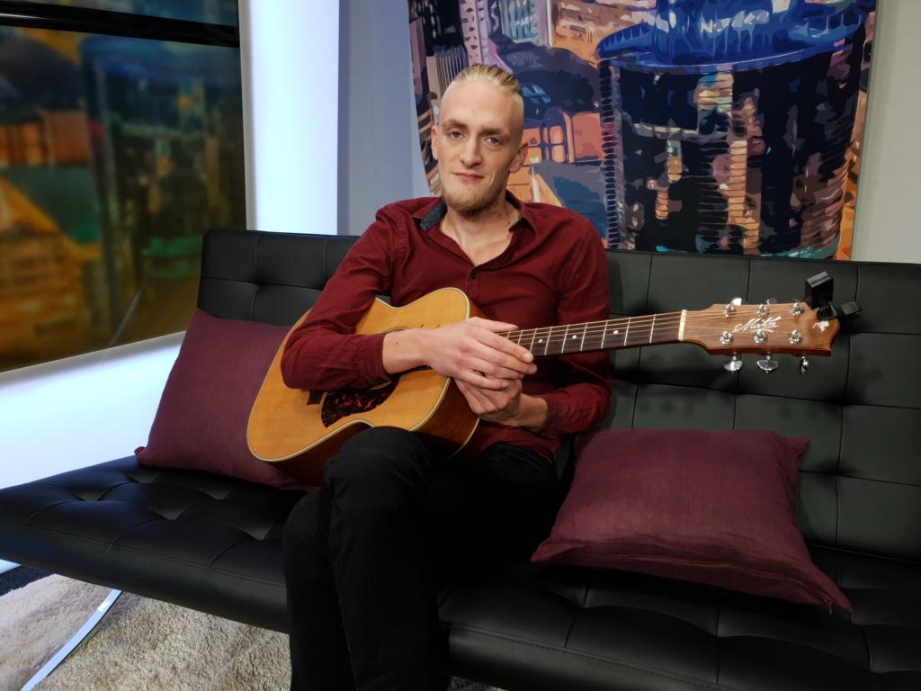 VIDEO I Veebikontserdid pakuvad koroonakriisi ajal muusikutele võimaluse esineda ja lisaraha teenida
