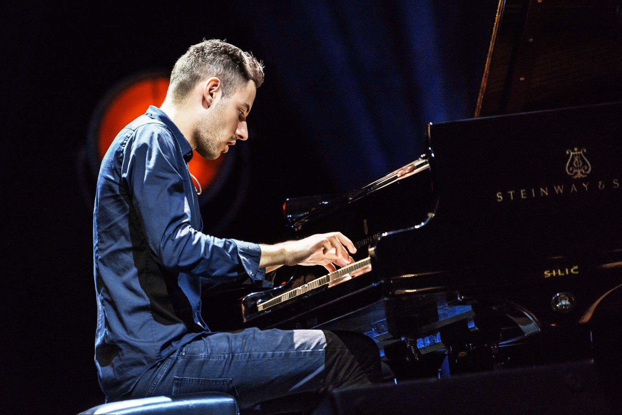 ÜLIMENUKAS! Maailma kiireima klaverimängija Peter Bence kontserdile tulid müügile teise rõdu piletid