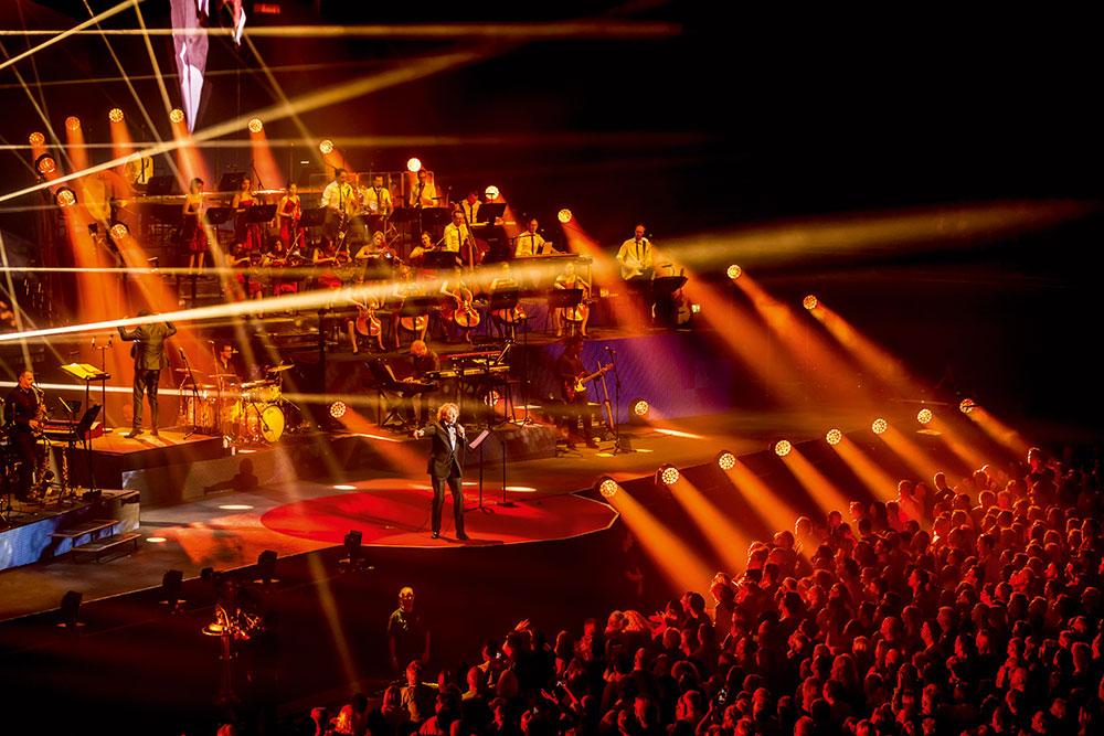 Legendaarne Simply Red jõuab kontsertfilmiga kinoekraanidele