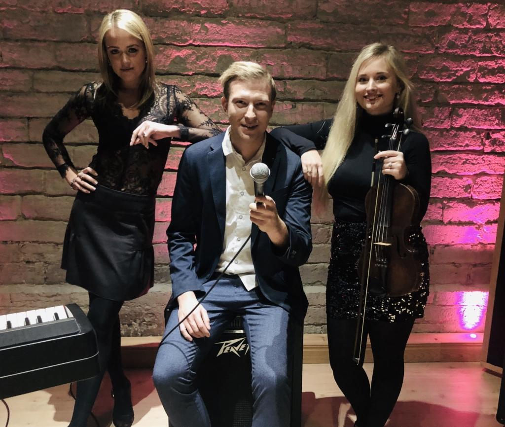 """Eksklusiivne! Huraxi laulja Ragnar Huoponen: laul """"Ingel"""" sündis tänutundest"""