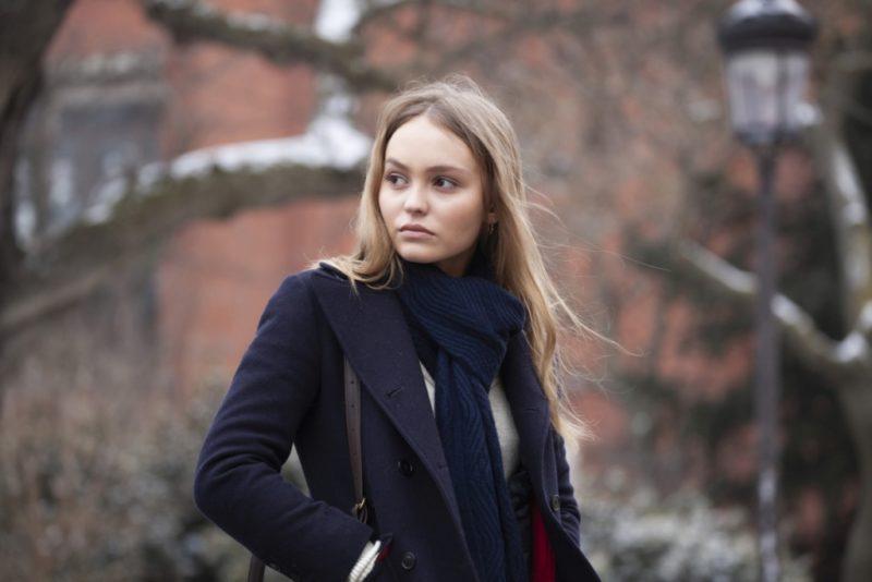 """Eestikeelne reklaamklipp! Prantsuse romantilises draamas """"Truu mees"""" mängib Lily-Rose Depp"""