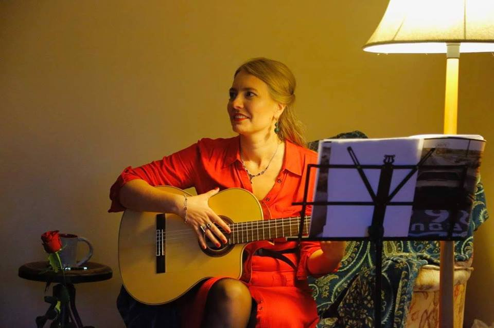 Eve Arm kutsub laulu- ja luuleõhtule