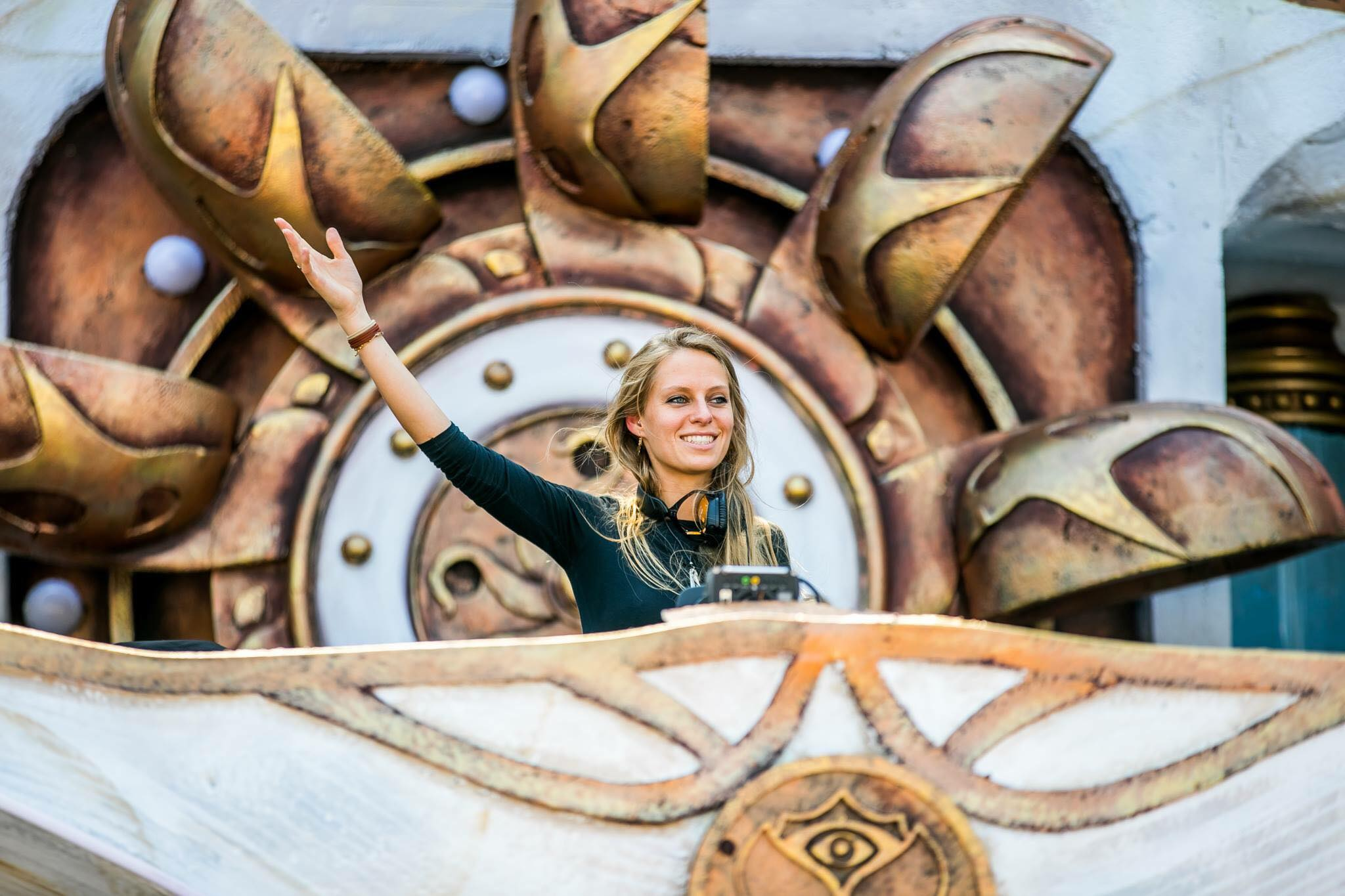 Nora_Tomorrowland