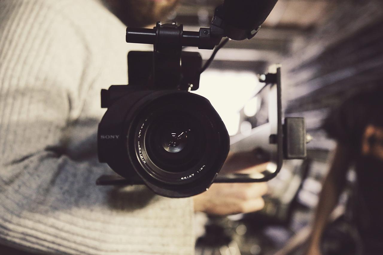 Rahvusvaheline filmikompanii Warner Bros soovib sel suvel korraldada filmimisi Laagna tee kanalis