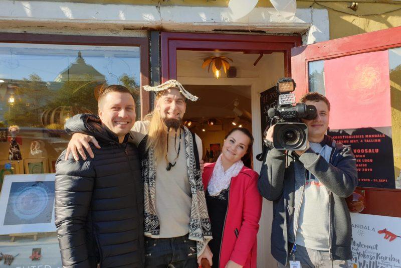 """TAHAD RÕÕMSAMAT TUJU, VAATA SEDA! Reporter """"Elustiilid"""": Toomas Valsbergi näpunäited stressivabaks eluks"""
