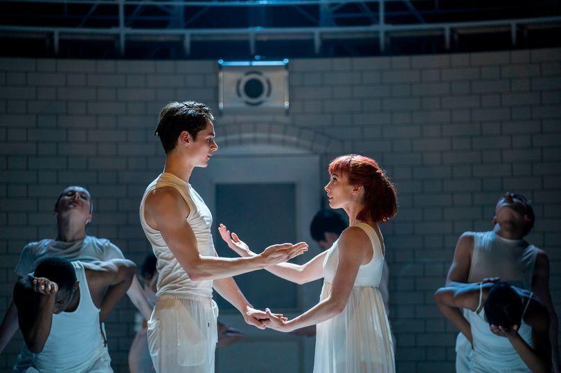 """Valentinipäevaks jõuab kinno Matthew Bourne'i tantsulavastus """"Romeo ja Julia"""""""