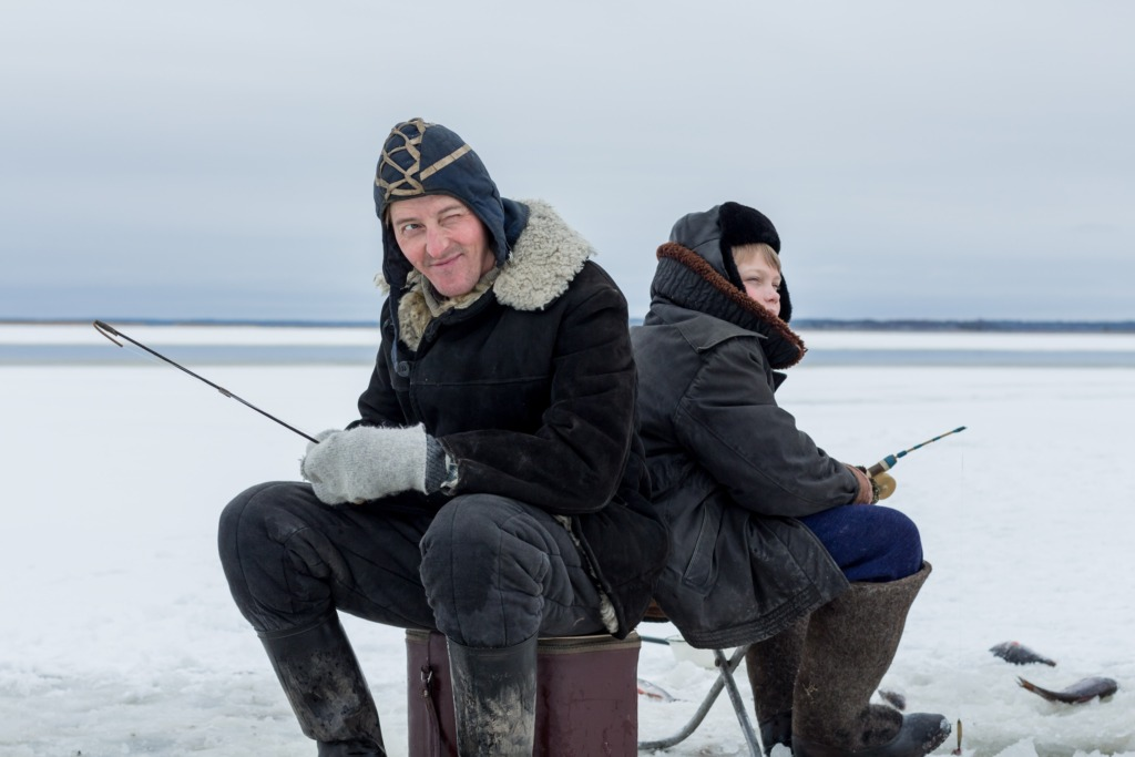 Kolla (Aarne Soro) ja Andres (Rasmus Ermel). Foto Liisabet Valdoja