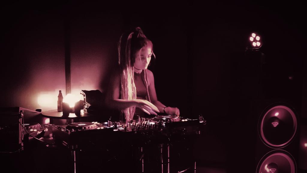 Tallinna DJ-de pidu jõuab Prantsuse veebiraadiosse