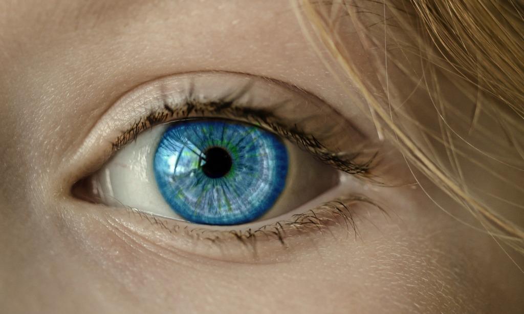 VIDEO I Eesti inimesed vastavad: mida saab silmadest välja lugeda?