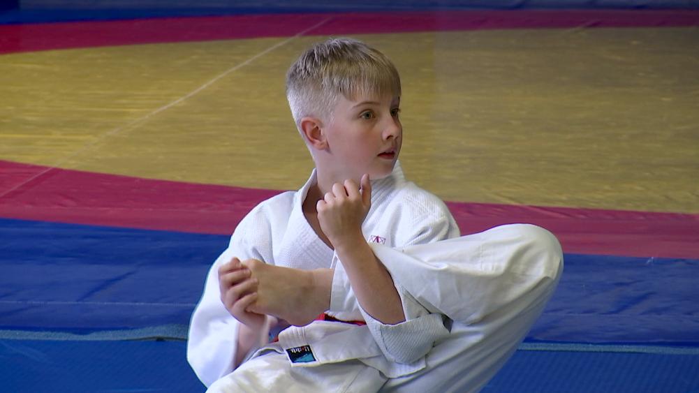 Noor judopoiss.Suvised Seitsmesed