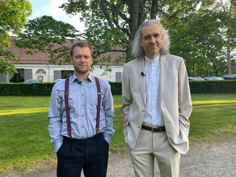 Velvo Väli ja näitleja Imre Õunapuu.Suvised Seitsmesed